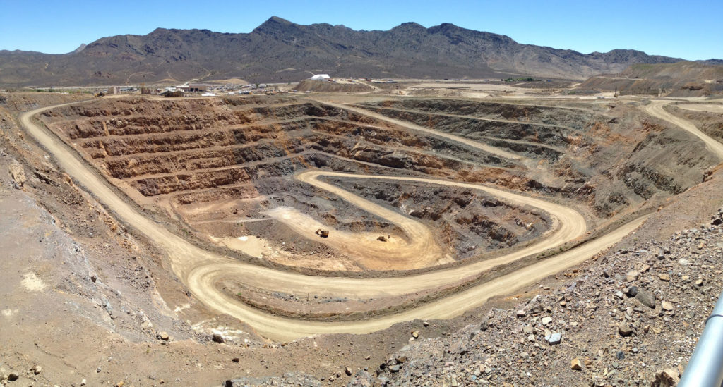 Mountain Pass_pit